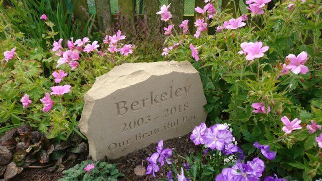sandstone pet memorial