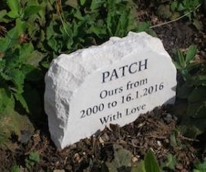 stone-garden-pet-memorial