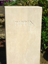 Standing Stone Pet Memorial (5 cm thick) with Square Top for Pippin