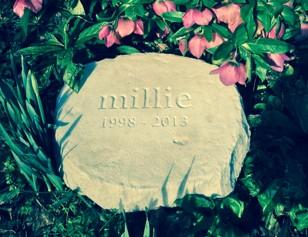 stone garden pet memorial